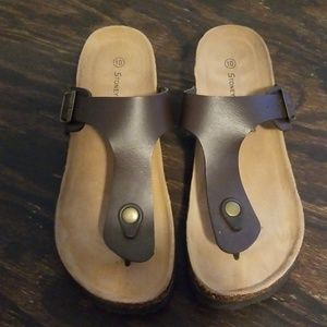 Stoney River thong sandals size 10